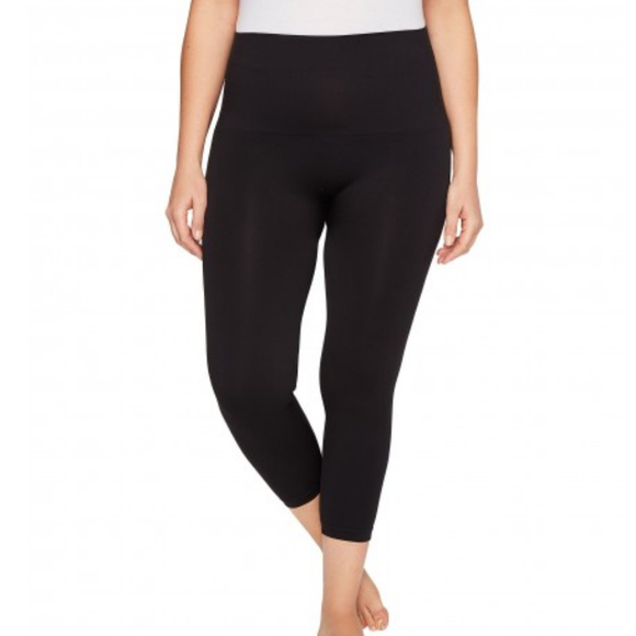 15684aa7af282 SPANX LOOK AT ME NOW CROPPED PLUS SIZE LEGGINGS 2X.  M_5cb42d8826219f3463c07acd